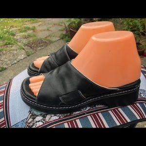 Clark's Women's Black Leather Slide On Sandals